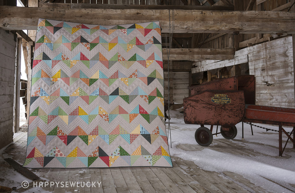 VINTAGE CHEVRON QUILT: Pieced by Berene Campbell. Quilted by Stacey Murton. #vintagechevronquilt